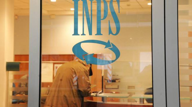 Inps, pensioni nel 2017 pagate il primo giorno bancabile (archivio)