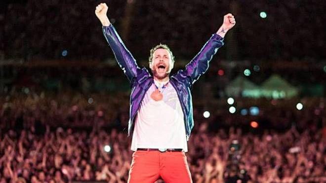 Il cantante si esibirà per due volte a Viareggio: il 30 luglio e il 31 agosto