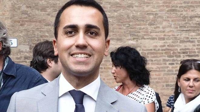 Il vicepresidente della Camera Luigi Di Maio (M5S) parla del caso Aamps e definisce «modello» il governo di Nogarin