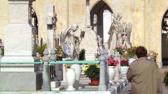 Un'immagine del cimitero di Viareggio (Umicini)