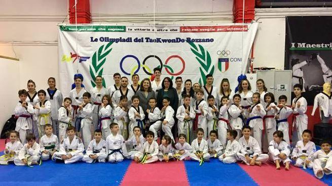 Rozzano, la squadra del taekwondo