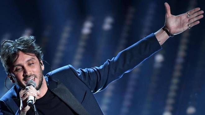 Fabrizio Moro influenzato, il concerto di Brescia spostato al 28 novembre - IL GIORNO