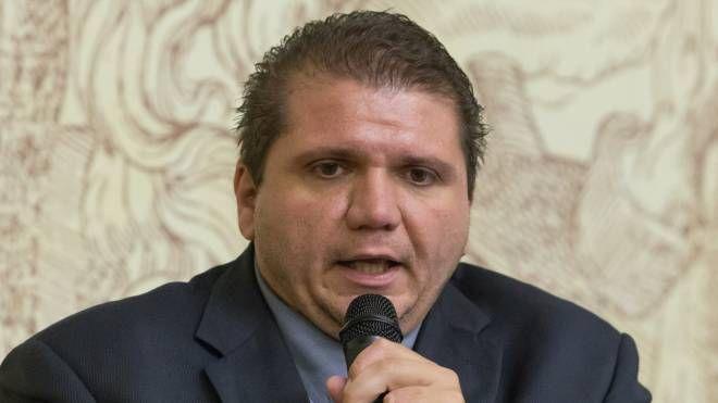 Luca Lelli, sindaco di Ozzano dell'Emilia (Schicchi)
