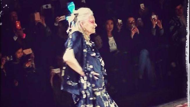 Vivienne Westwood in passerella (Foto Federico Garibaldi)