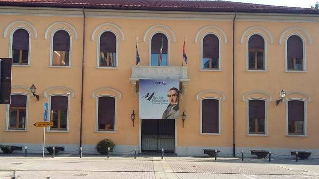 Il municipio di Cormano in piazza Scurati