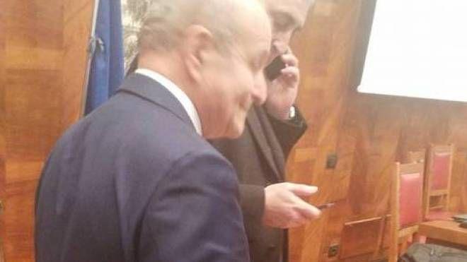 Il presidente Issad Rebrab con il suo ad Said Benikene ieri al ministero