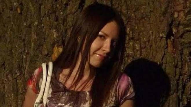 E' di Katerina Laktionova, il cadavere trovato nella valigia gettata nel porto, la  foto è quella del suo profilo  Facebook, postata quando era ancora piena di sogni