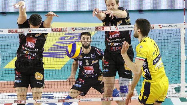 Un momento della partita tra Lube Civitanova e Azimut Modena
