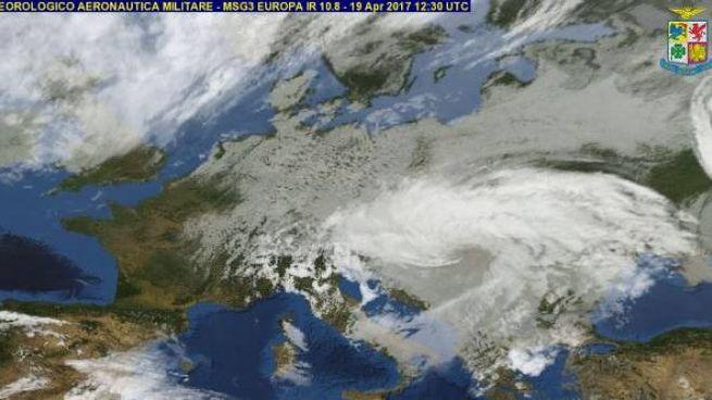 Previsioni Meteo Il Freddo Resta E Arriva Nuova Neve In Collina