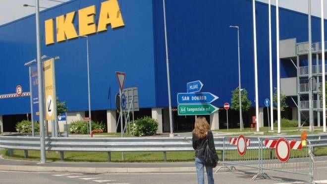 Ikea Ora C è La Firma Siglata L Opzione Collestrada