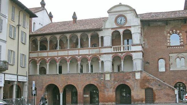 Palazzo Broletto a Pavia
