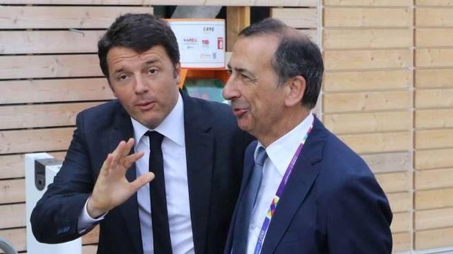 Matteo Renzi e Giuseppe Sala (Fotogramma)