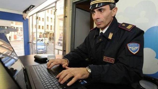 Gli accertamenti per risalire al responsabile sono stati effettuati dalla Polizia postale