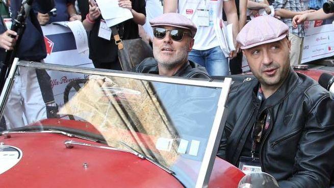 Joe Bastianich ,1000 miglia punzionatura in piazza Vittoria