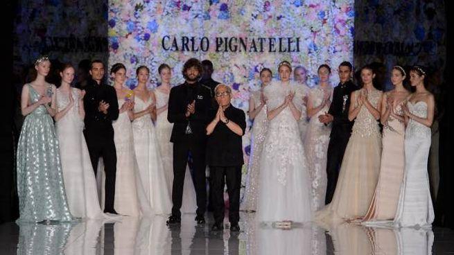 La sfilata degli abiti da sposa 2018 di Carlo Pignatelli 4d5e44b9187
