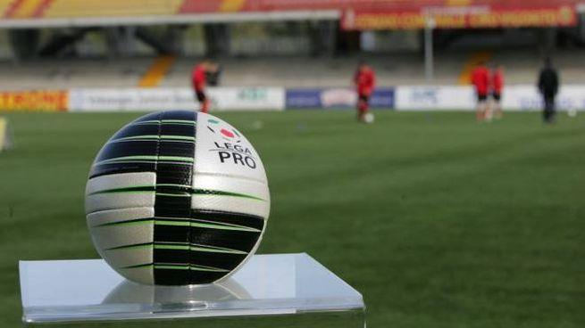 Calendario Parma Lega Pro.Playoff Lega Pro Livorno Reggiana E Parma Lucchese