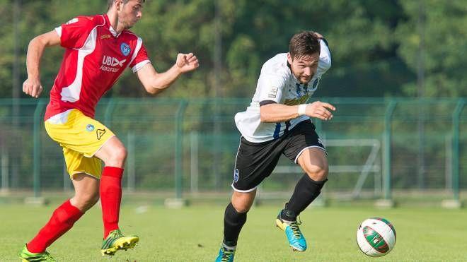 Il difensore Fabio Adobati parte dalle retrovie e sigla un bel gol contro l'Albinoleffe