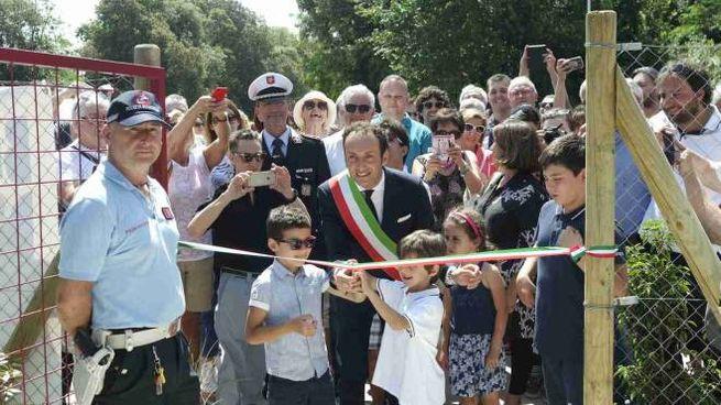 L'inaugurazione del parco nell'area ex Bussoladomani (foto Umicini)