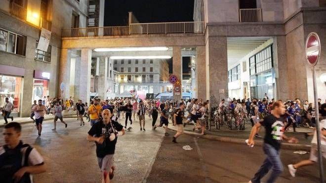 Torino, panico in Piazza San Carlo (Ansa)