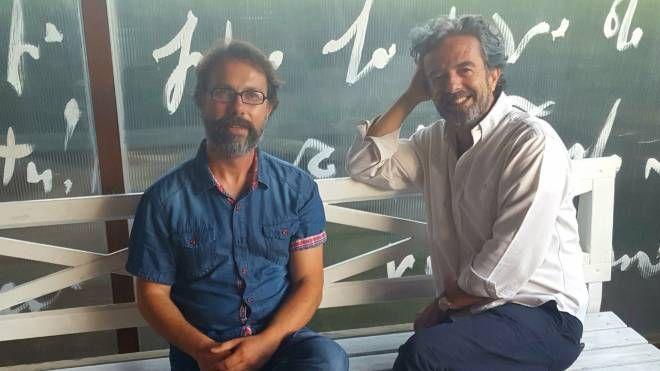 Da sin Vittorio Cotronei titolare de Il Periplo e l'artista Stefano tonelli