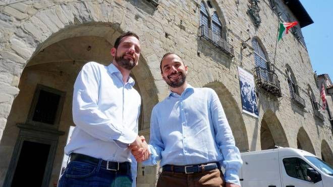 Tomasi e Bertinelli si stringono la mano (Acerboni / FotoCastellani)