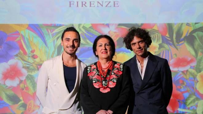 Lucia Caponi con i figli Guido e Duccio (foto Marco Mori/New Press Photo)
