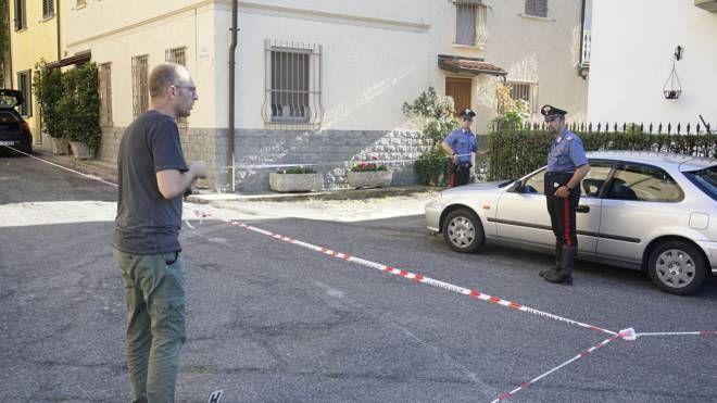I rilievi degli investigatori a Stradella