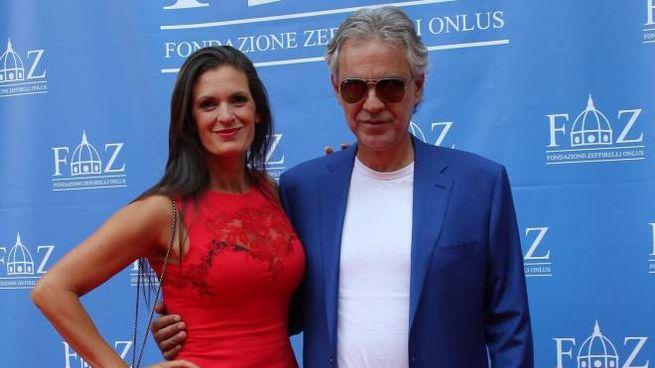 Andrea Bocelli con la moglie all'inaugurazione della Fondazione Zeffirelli