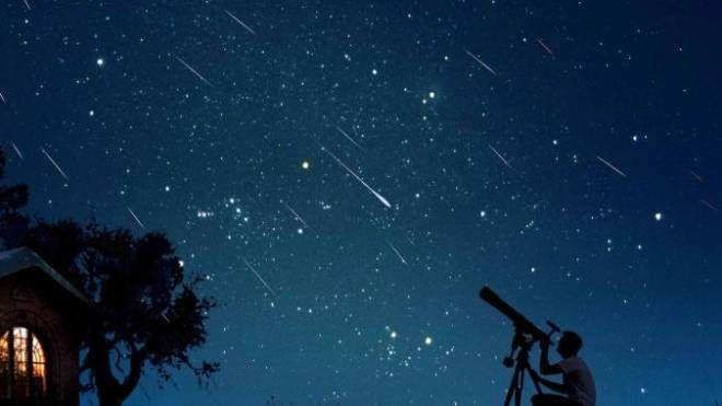 Lo spettacolo delle stelle cadenti