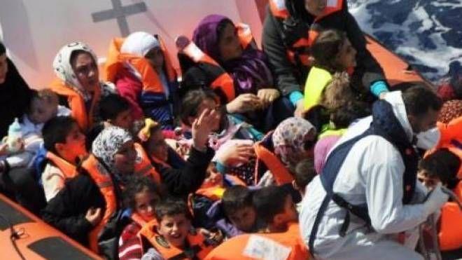Profughi soccorsi