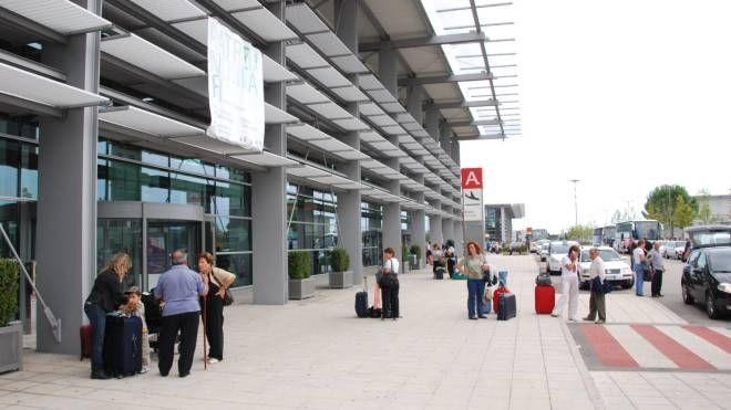 L'aeroporto Raffaello Sanzio di Falconara (Antic)
