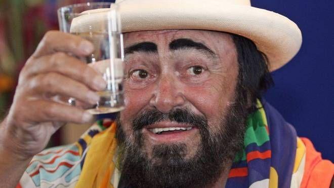 Luciano Pavarotti (Ansa)