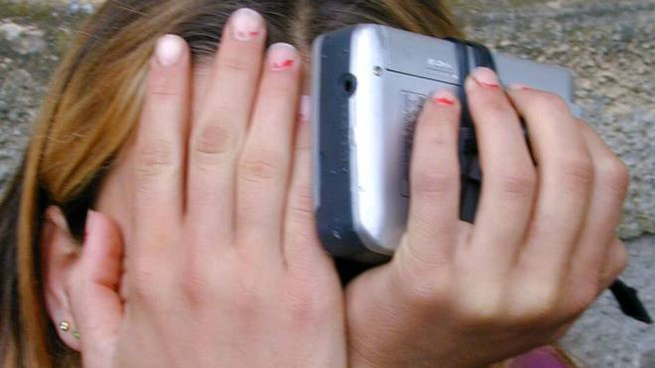 Violenza su una bambina (foto d'archivio)