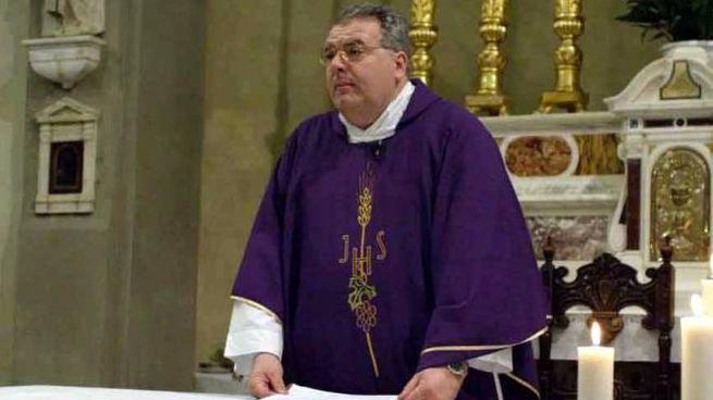 Don Luca Morini, soprannominato don Euro per il suo tenore di vita