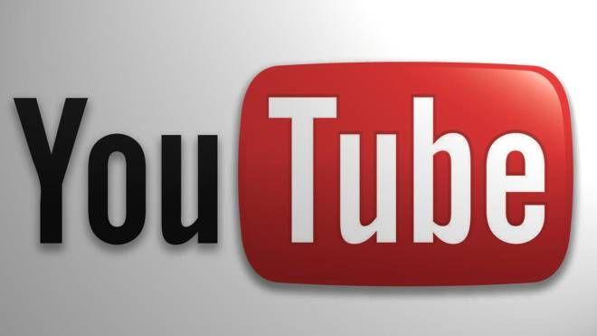 Il logo di YouTube (Ansa)