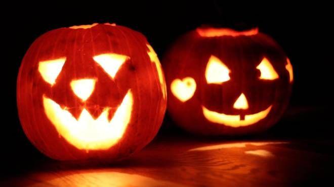 Intagliare Zucca Per Halloween Disegni halloween 2019: feste, eventi, maschere e discoteche. ecco