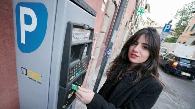 Bancomat attivato ad un parcometro (Foto Castellani)