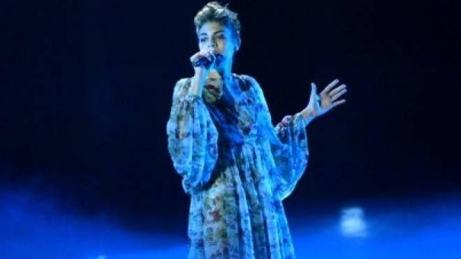 Ecco Rita Bellanza con l'abito delle doriche 'Scrambled Ego' indossato durante X Factor