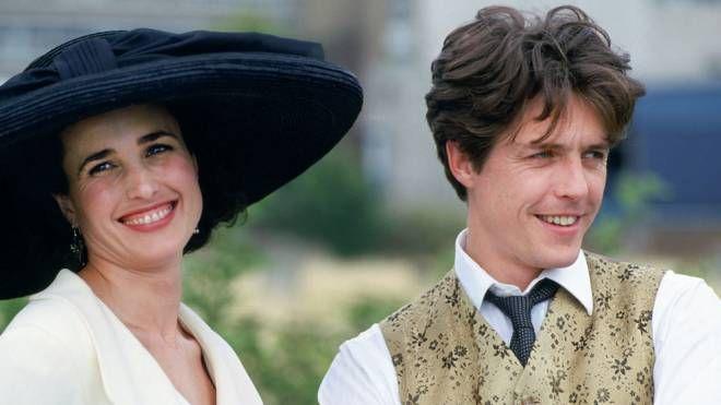 Hugh Grant e Andie MacDowell in 'Quattro matrimoni e un funerale' – Foto MGM