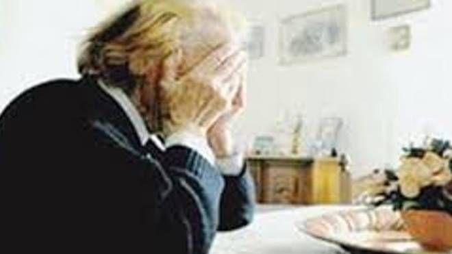 Anziani (foto d'archivio)