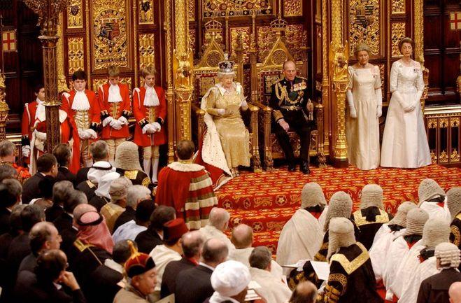 Elisabetta II e Filippo, scatti da un matrimonio da record