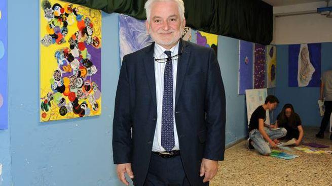 Il preside Pasquale Aprea (Studio Sally)