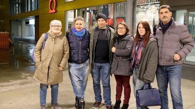 Il presidio dei lavoratori Ikea in solidarietà alla collega (Spf)