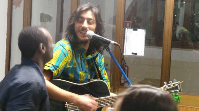 Sandro Joyeux in concerto a Maggio