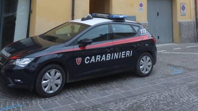 Sul luogo dell'aggressione sono intervenuti i carabinieri