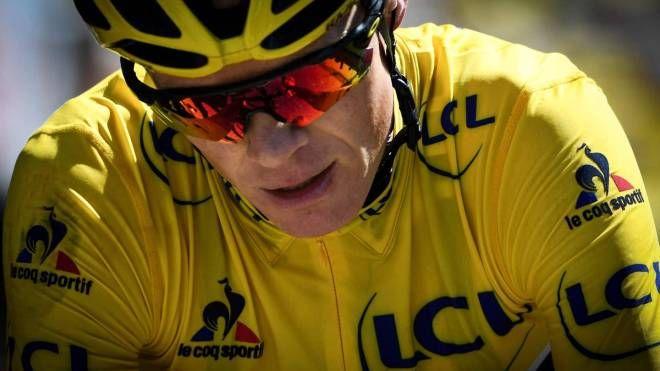 Chris Froome (qui in maglia gialla) positivo alla Vuelta 2017 (Afp)