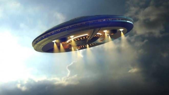 Ufo, una ricostruzione di fantasia al computer (Nwepress)