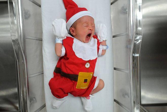 Frasi Di Auguri Di Natale Per Bambini Piccoli.Buone Feste Di Natale Le Frasi Di Auguri Piu Dolci E Divertenti