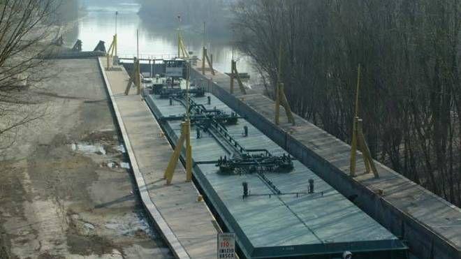 Porto fluviale sul Po