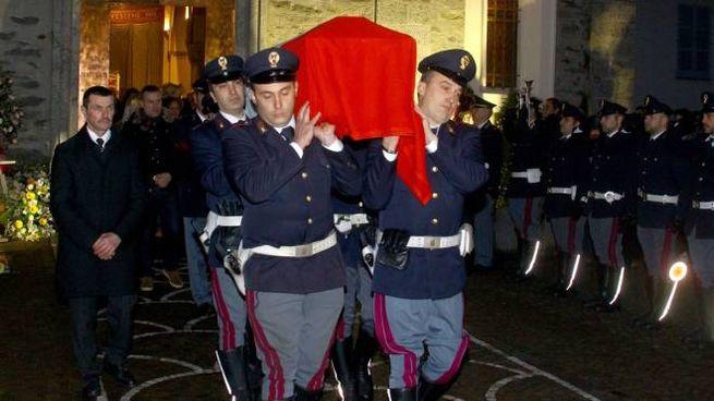 I funerali dell'agente